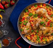 Wyśmienite nóżki kurczaka zapiekane z ryżem i warzywami