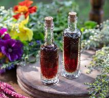 Rozgrzewająca nalewka herbaciana z sokiem malinowym