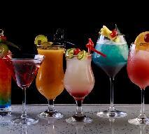 Jak podawać drinki na przyjeciu? Poradnik barmana amatora