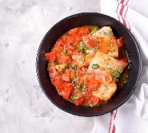 Ryba duszona z warzywami - przepis niskokaloryczny