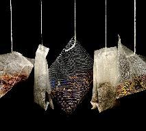 Skąd się wzięła herbata w torebkach? Herbata expresowa - kto ją wymyślił?