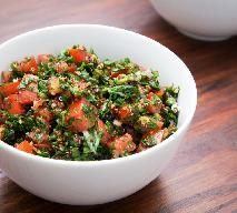 Tabuleh - arabska sałatka z kaszą PRZEPIS
