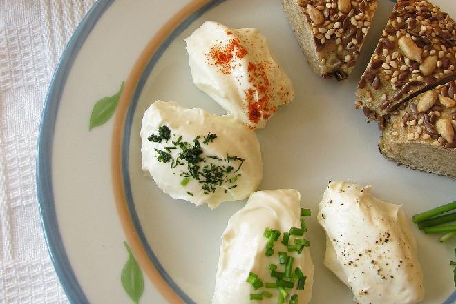 Labneh: pyszny serek z jogurtu