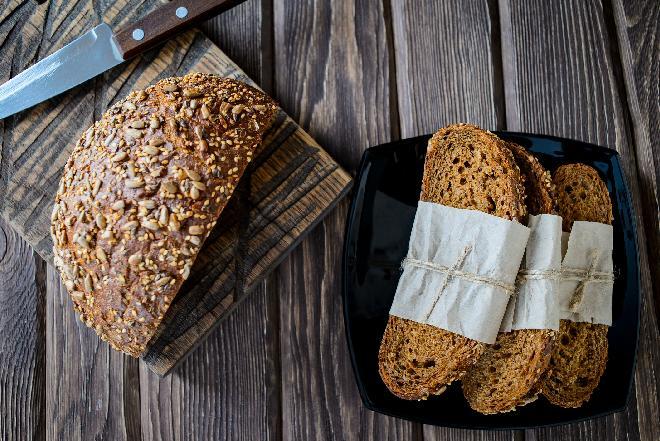 Jak przechowywać chleb, jak przedłużyć świeżość pieczywa?