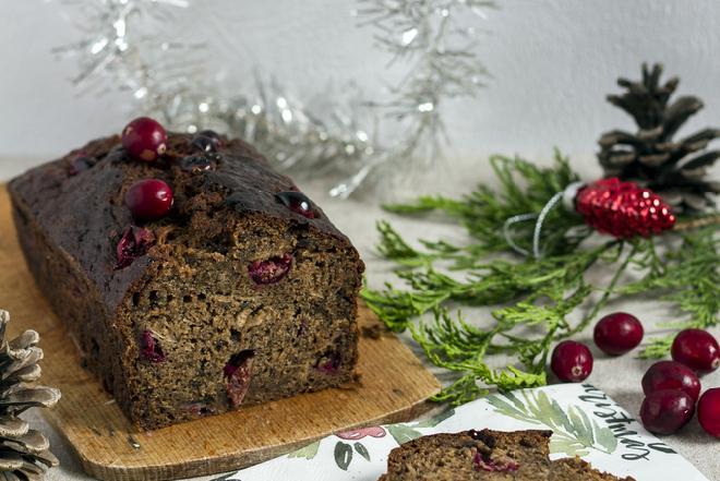 Chleb z suszoną żurawiną: prosty przepis na Boże Narodzenie