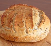 Jak zrobić zakwas na chleb? Domowy wypiek pieczywa na zakwasie: najlepsze przepisy