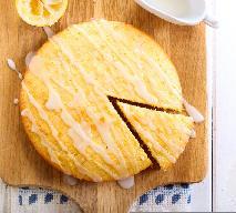 Waniliowe ciasto biszkoptowe: łatwy przepis bez jajek, bez mleka, bez masła