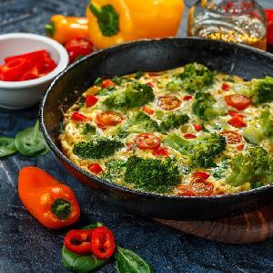 Omlet na słono - TOP 9 wytrawnych omletów
