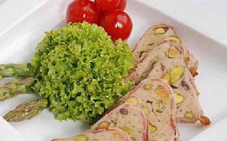 Pasztet z królika z pistacjami [WIDEO]